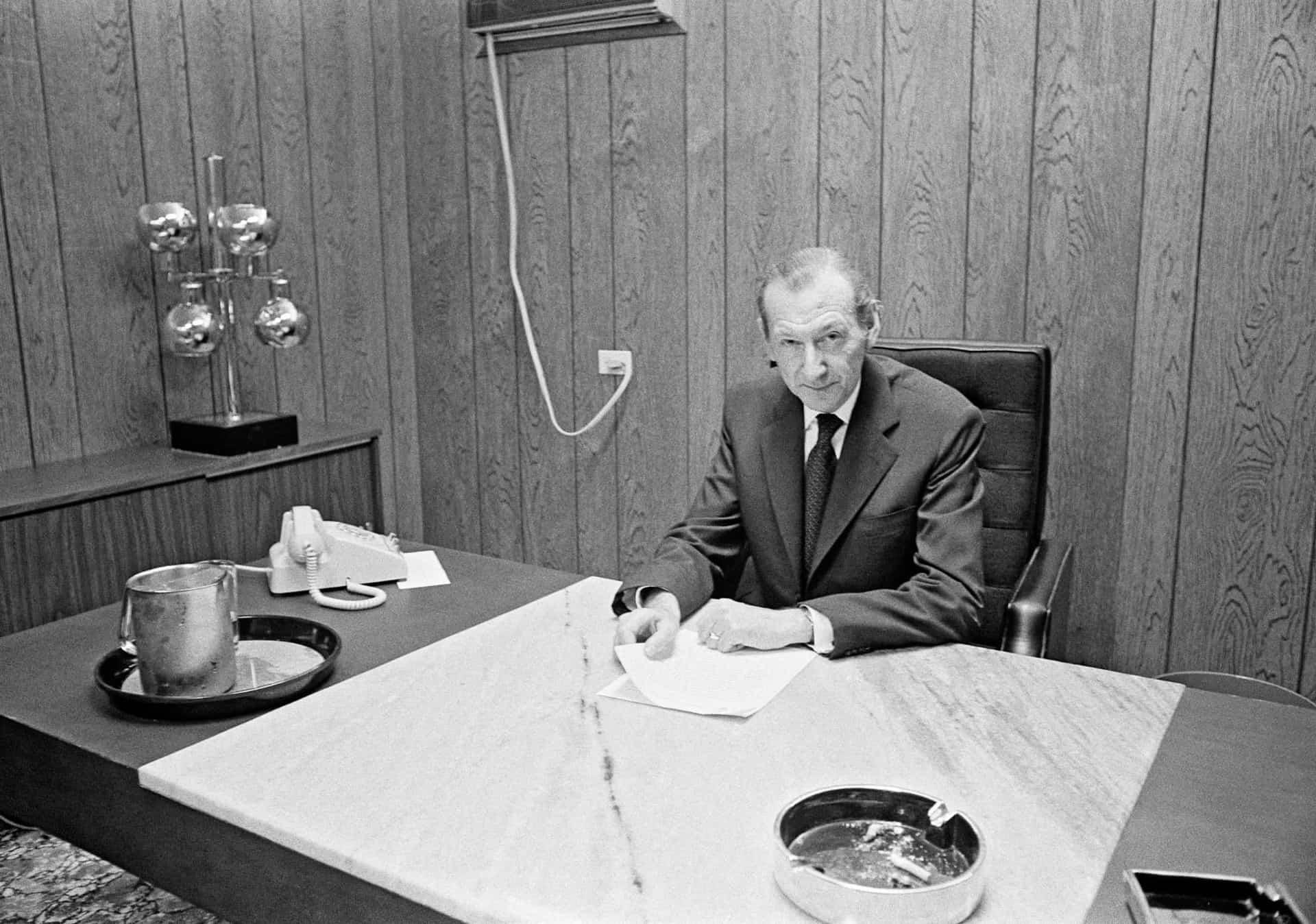 5 Kurt Waldheim
