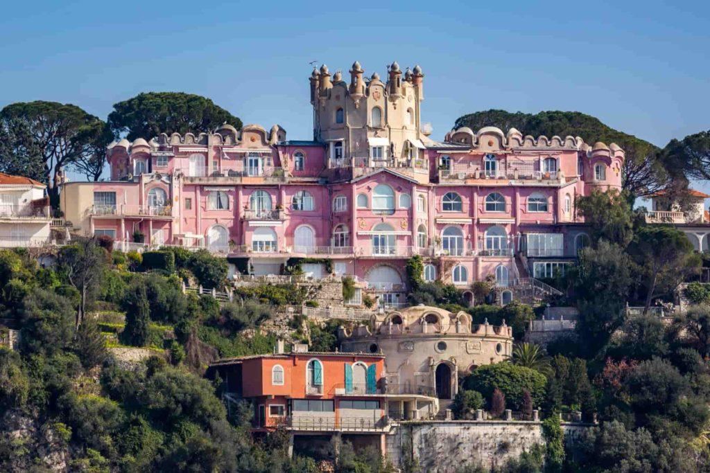 14Nice capital of Riviera tourism