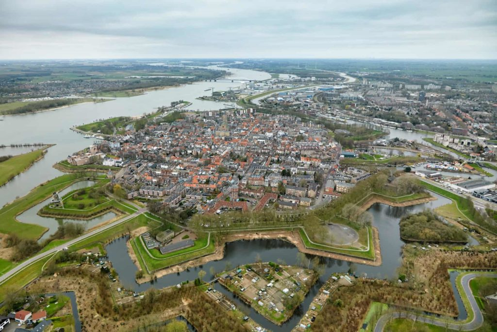 6.1Dutch Water Defence Lines extension of the Defence Line of Amsterdam. Fortified town of Gorinchem